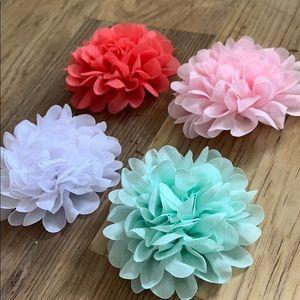 """Set of 4 Spring Flower Girls Barrettes 4"""""""